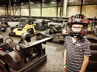 Karting et paintball int rieur pr s de la rive sud for Karting interieur